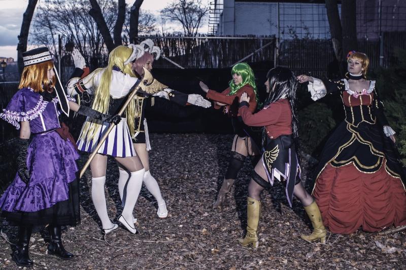 UMINEKO NO NAKU KORO NI CHIRU: group [FEBRERO 2015] Uminek14