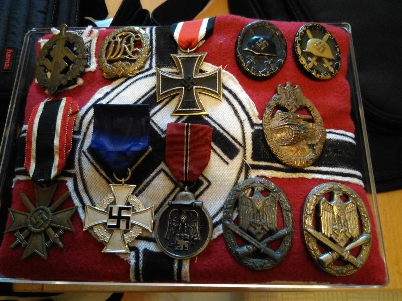 Mon début de collection d'insignes et médailles allemands Img_2010