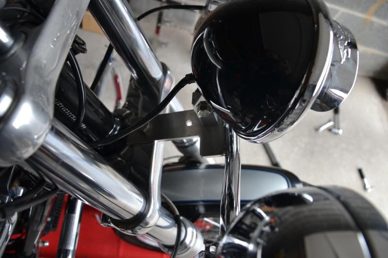 Transformation éclairage et look DYNA Superglide FXDC 810