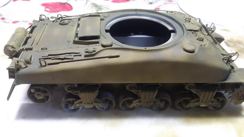 Sherman - SHERMAN M4 A1 76 mm (ITALERI 1/35) 005_210