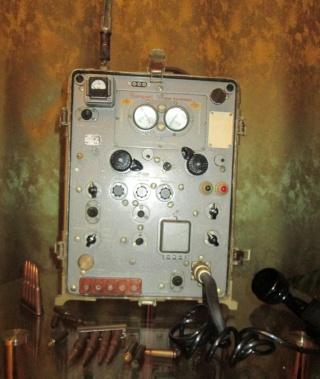 Радиостанции военного назначения Oeie_o11
