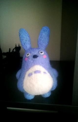 La laine cardée/feutrée - Page 5 Totoro10
