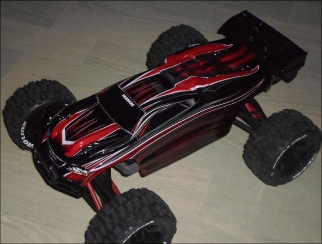 E-Revo's 1/16 Brushless 3S (380/540) 1510