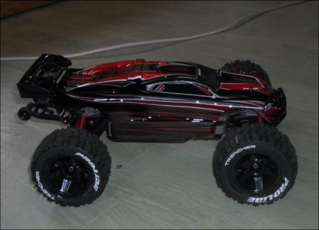 E-Revo's 1/16 Brushless 3S (380/540) 1610