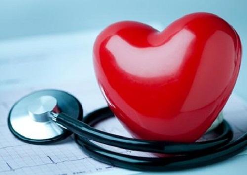 La cardiomyopathie des coeurs brisés chez la femme Sympty10