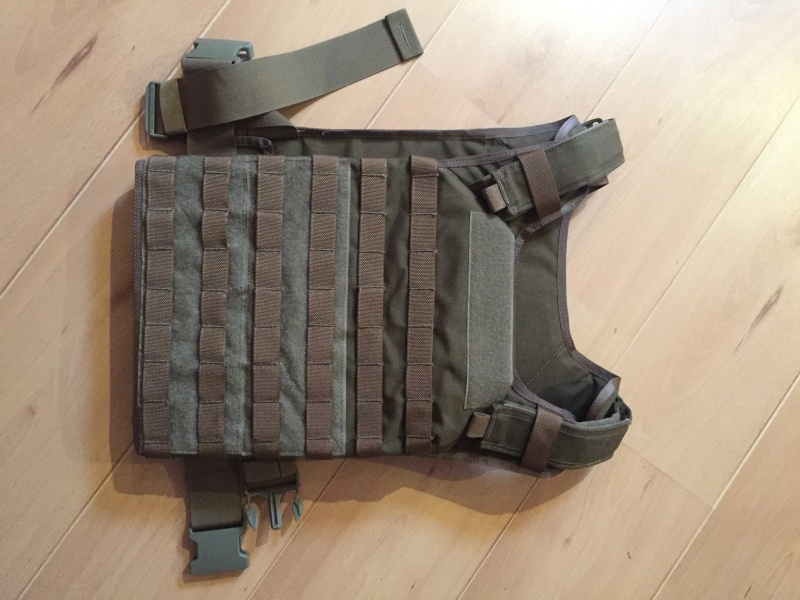 gilet tactique Flyye Fast Attack Plate Carrier  quasi neuf Img_7310