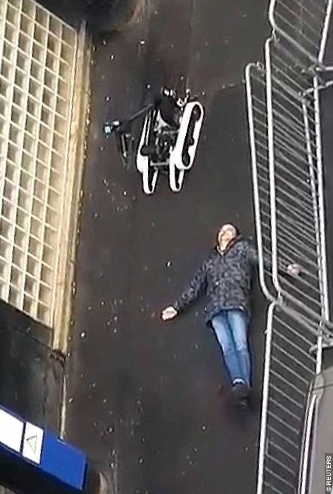 Explosion und Schießerei in Paris! - Seite 5 Par10