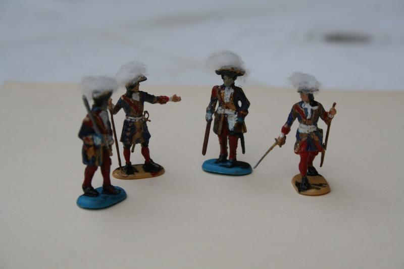 Quelques officiers d'état major et soldats de l'Ambitieux Img_6833