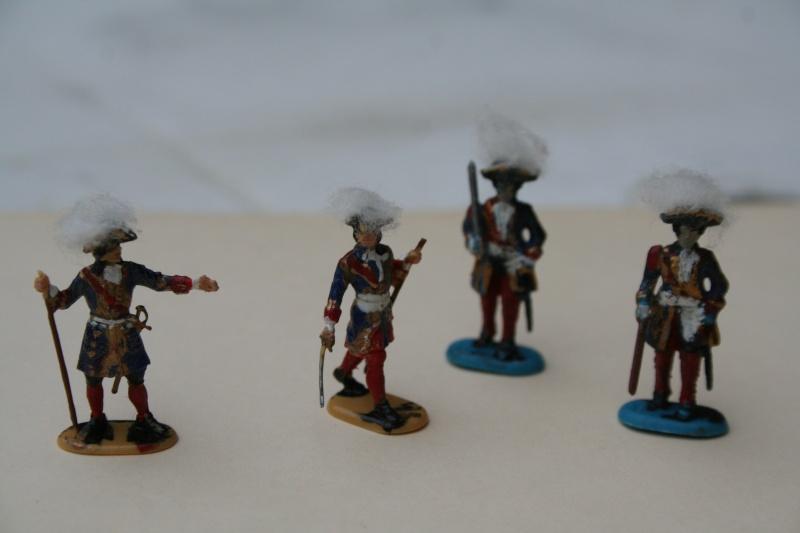 Quelques officiers d'état major et soldats de l'Ambitieux Img_6834