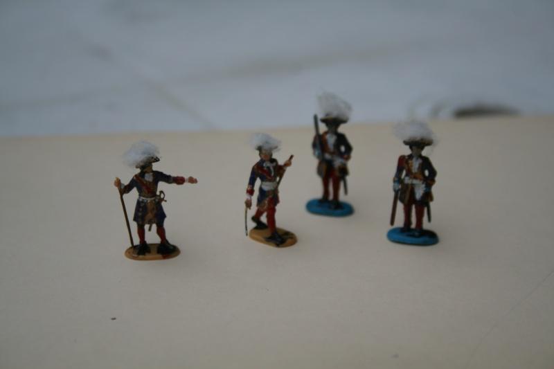 Quelques officiers d'état major et soldats de l'Ambitieux Img_6835