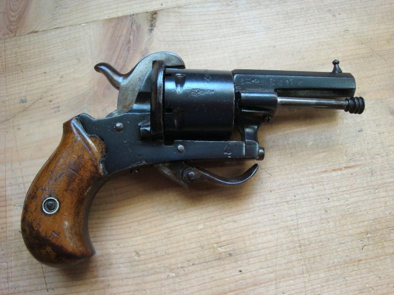 Quel est ce revolver ?  - Page 2 111