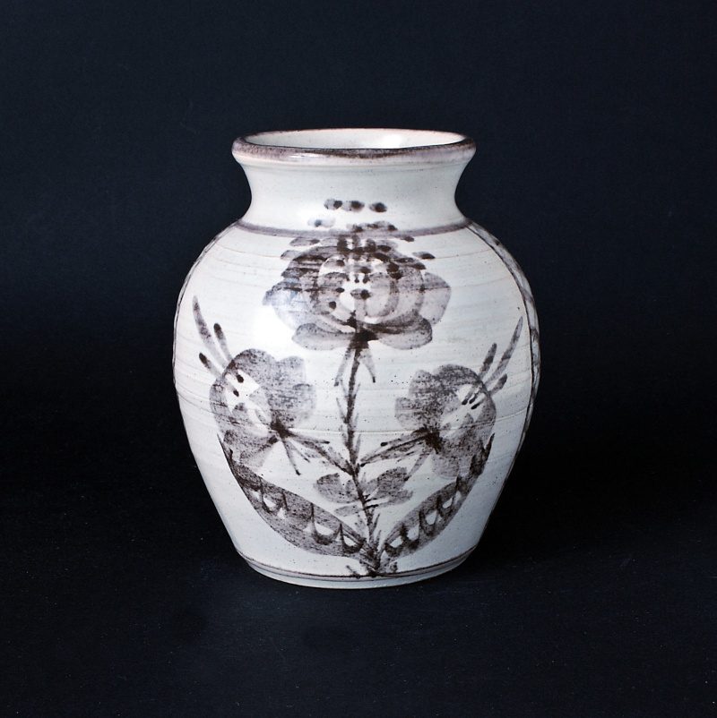 Cheddar Pottery Somerset by John & Valerie Bayly, JB mark Dsc01814