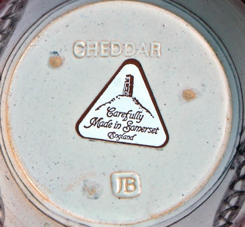 Cheddar Pottery Somerset by John & Valerie Bayly, JB mark Dsc01816