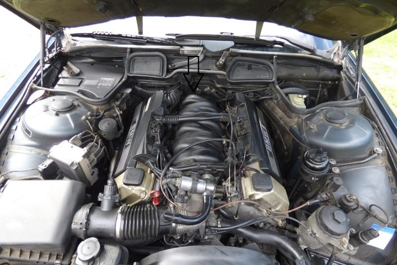 pb fumée vapeur essence compartiment moteur Bm_mot10