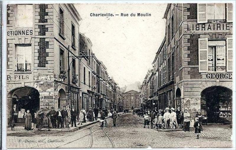 Charleville Mézières, et ses cartes postales anciennes 12279013