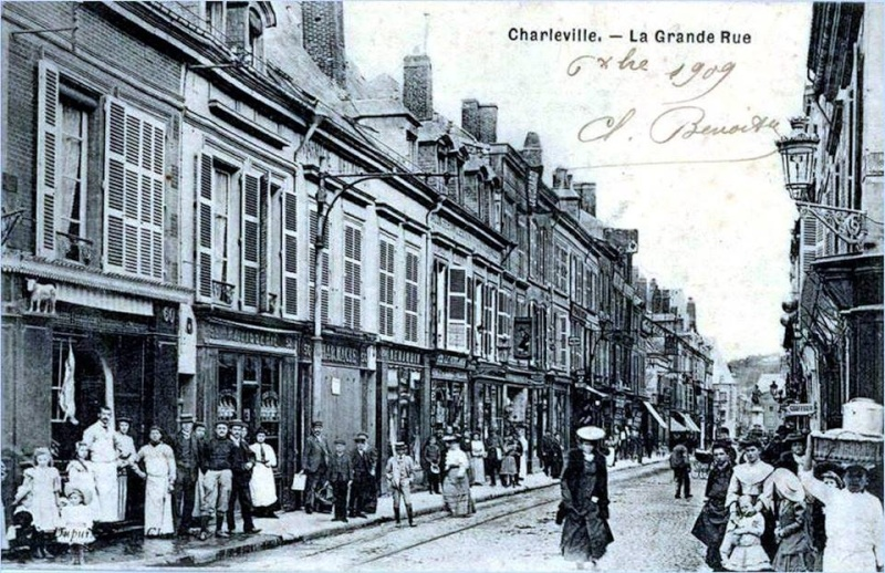 Charleville Mézières, et ses cartes postales anciennes 12279210