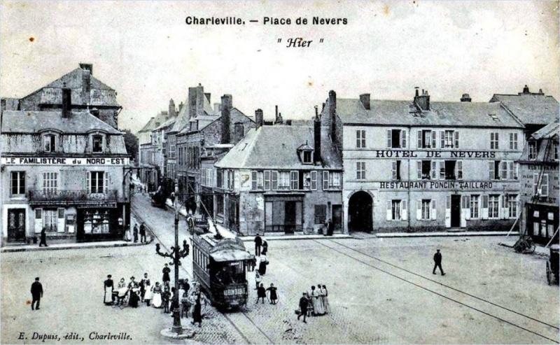 Charleville Mézières, et ses cartes postales anciennes 12299110