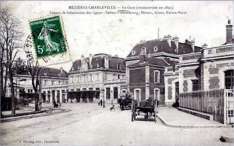 Charleville Mézières, et ses cartes postales anciennes 12301510
