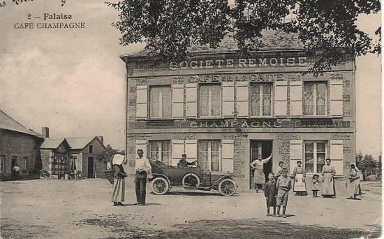Falaise, et ses cartes postales anciennes 12347810