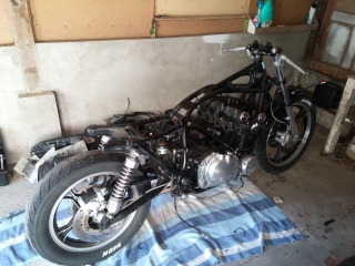 Aza project : GS 1100 G Brat Style 20150911