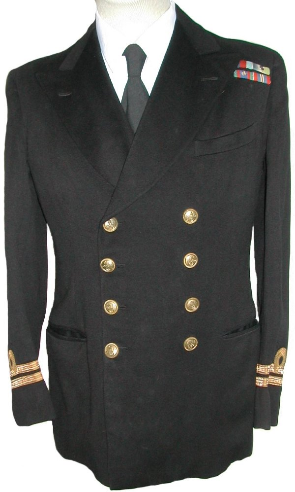 Les uniformes d'Officiers de la Marine Royale Canadienne Canada10
