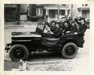 """Exemples de Vehicules de la Royal Navy à Chatham - UK """"Salute the 40s"""" Jeep_r10"""