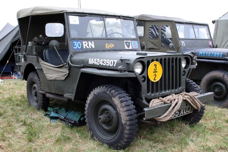 """Exemples de Vehicules de la Royal Navy à Chatham - UK """"Salute the 40s"""" Jeep_r14"""
