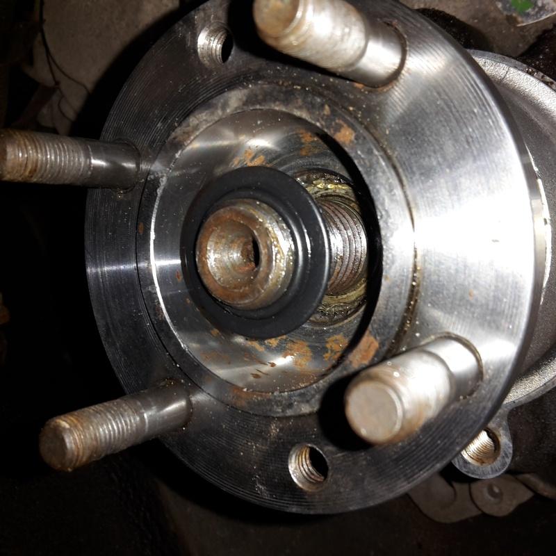fuite d'huile dans tambour de frein main Axe410