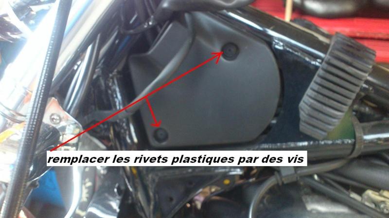 VT1100 shadow : modification des fixations caches plastiques de cadre  Rivets10