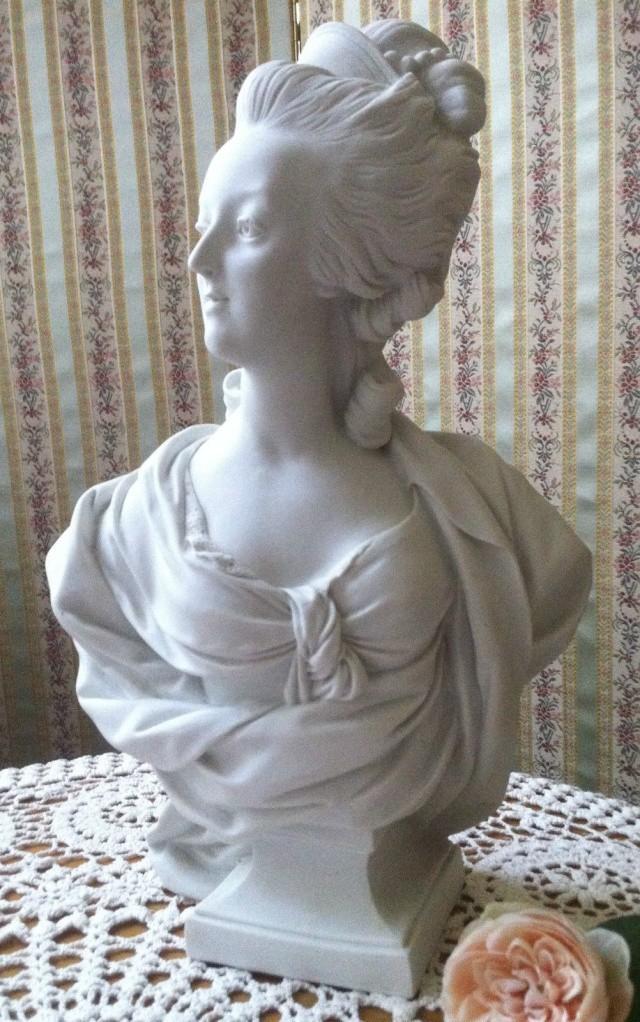 A vendre: bustes Marie Antoinette - Page 4 _5711