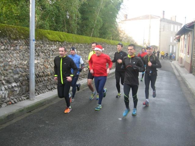 """""""Trail urbain"""" cazérien, dimanche 20 décembre, 9h30 Img_1310"""