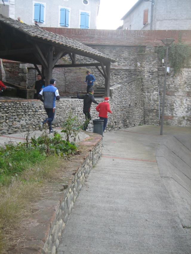 """""""Trail urbain"""" cazérien, dimanche 20 décembre, 9h30 Img_1316"""