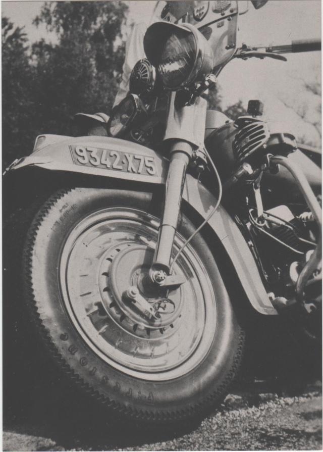 Vieilles photos (pour ceux qui aiment les anciennes photos de bikers ou autre......) Image_14