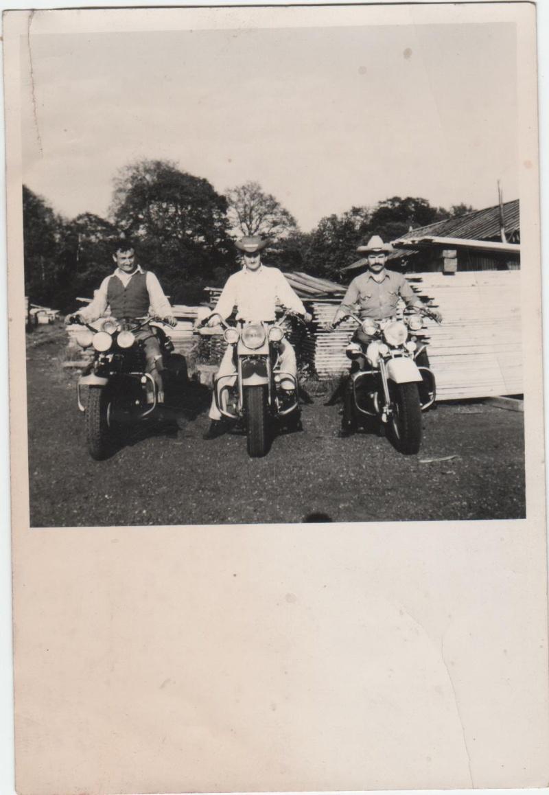 Vieilles photos (pour ceux qui aiment les anciennes photos de bikers ou autre......) Image_15