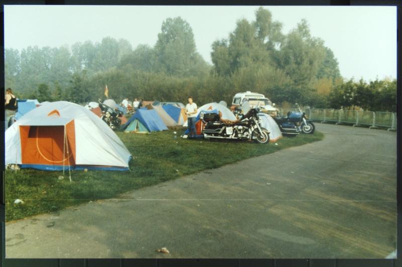 NOSTALGIE : JABLINE 1987  ( la grotte aux fous )  EXTRAIT Photos28