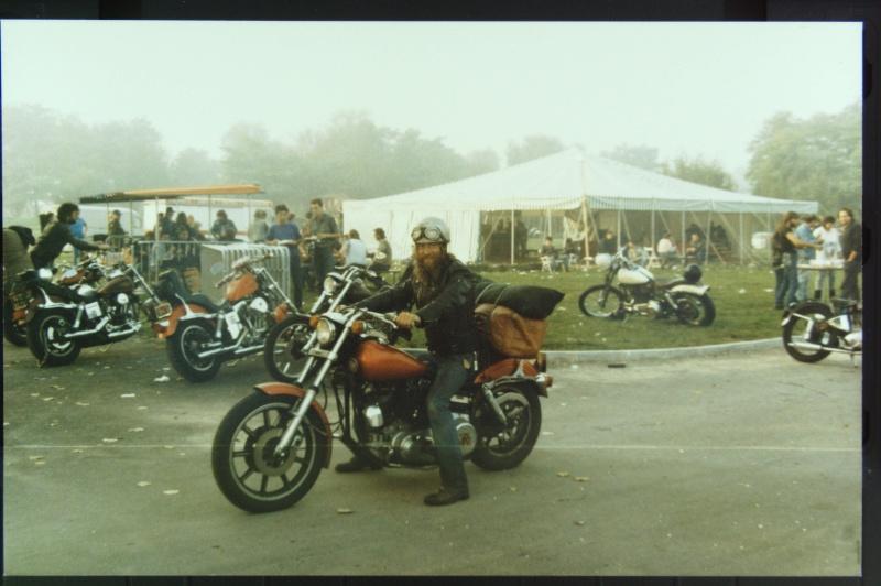 NOSTALGIE : JABLINE 1987  ( la grotte aux fous )  EXTRAIT Photos29