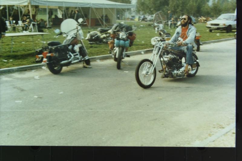 NOSTALGIE : JABLINE 1987  ( la grotte aux fous )  EXTRAIT Photos33