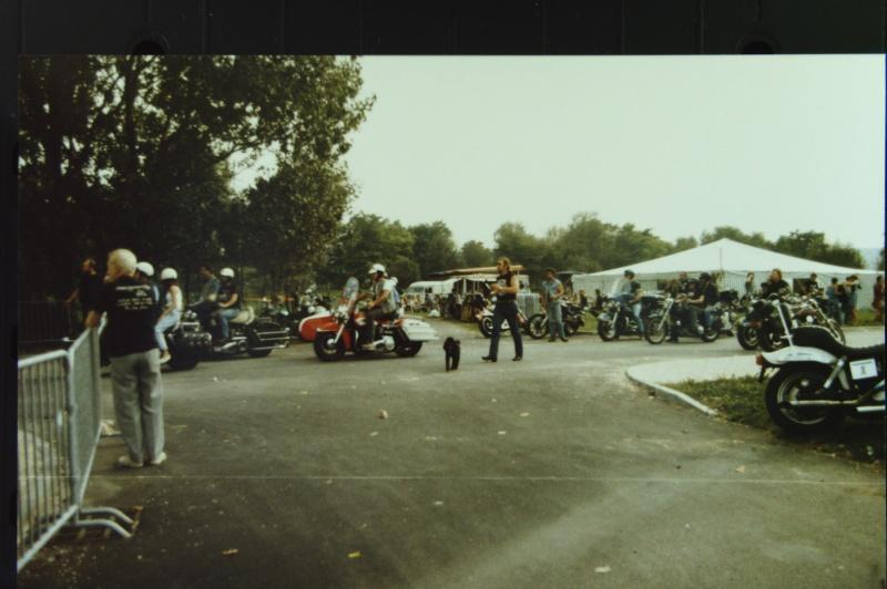 NOSTALGIE : JABLINE 1987  ( la grotte aux fous )  EXTRAIT Photos34