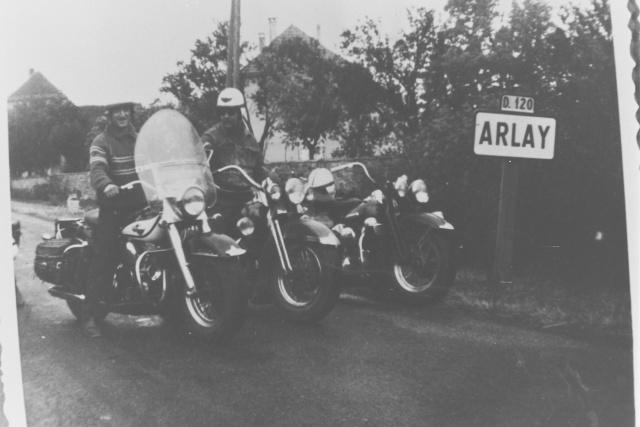Vieilles photos (pour ceux qui aiment les anciennes photos de bikers ou autre......) Photos42