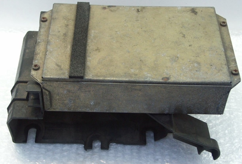 Battery and Header Tank Image36