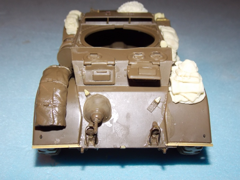 Staghound MK I  TAMIYA 1/35 - Page 2 Dscn3101