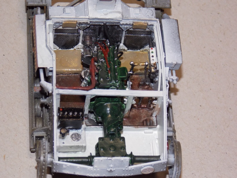 Chenillette Renault UE  et char Somua S35 TAMIYA 1/35  - Page 5 Dscn3662