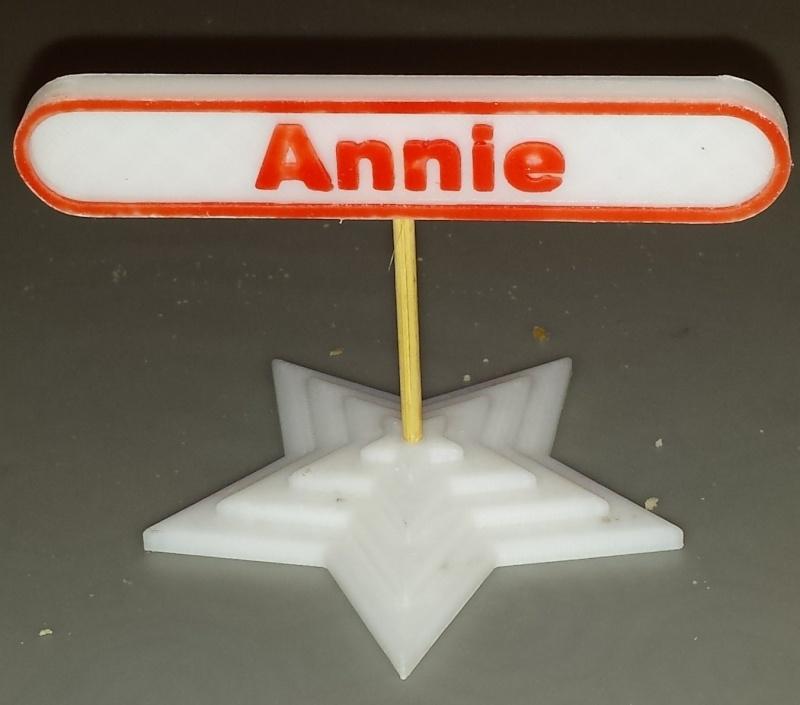 Prénom pour mettre sur la table à noël par exemple Annie13