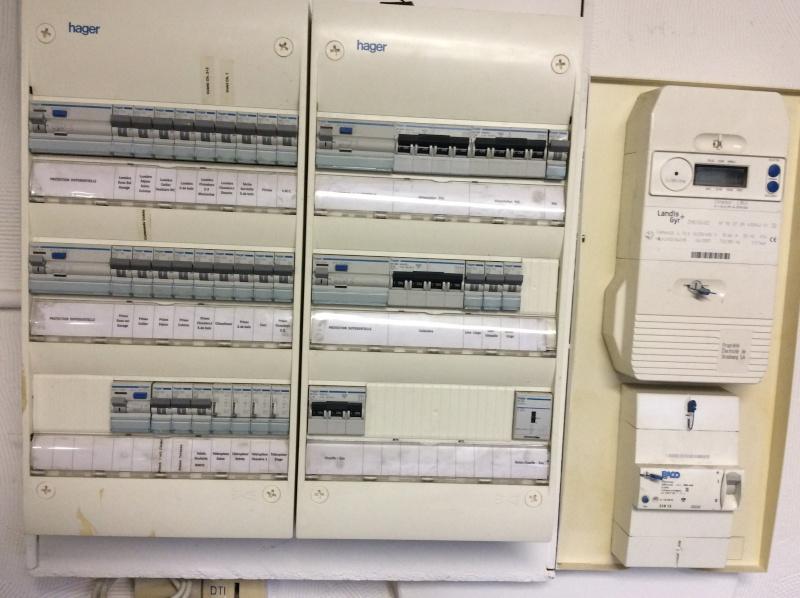 Aide raccordement électrique du coffret W****** et de la PAC sur le tableau de la maison Img_2710