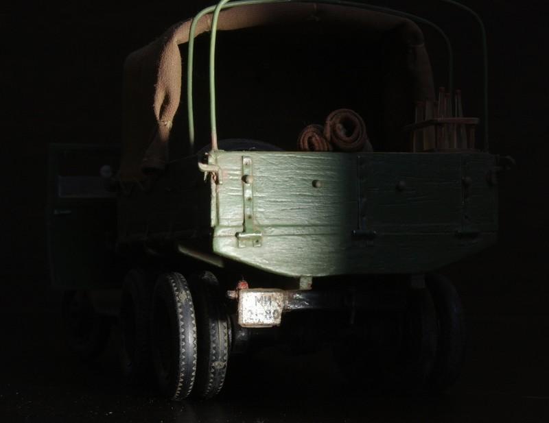Camion Russe  GAZ-AAA 1934/1943 Zvezda 1/35 terminé!!! Sam_9512
