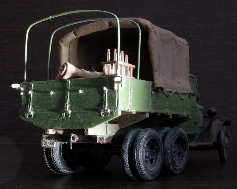 Camion Russe  GAZ-AAA 1934/1943 Zvezda 1/35 terminé!!! Sam_9513