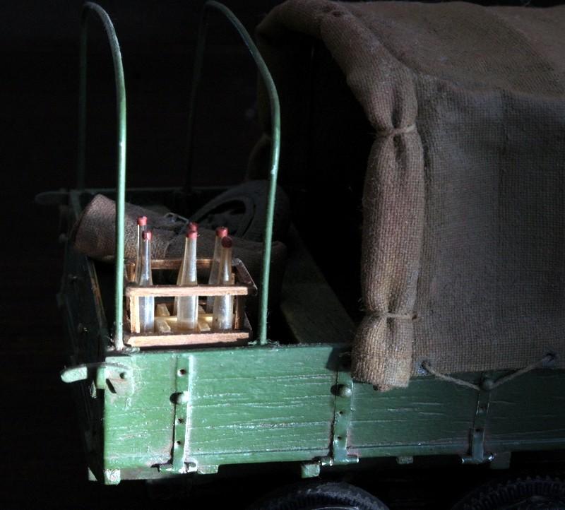 Camion Russe  GAZ-AAA 1934/1943 Zvezda 1/35 terminé!!! Sam_9521