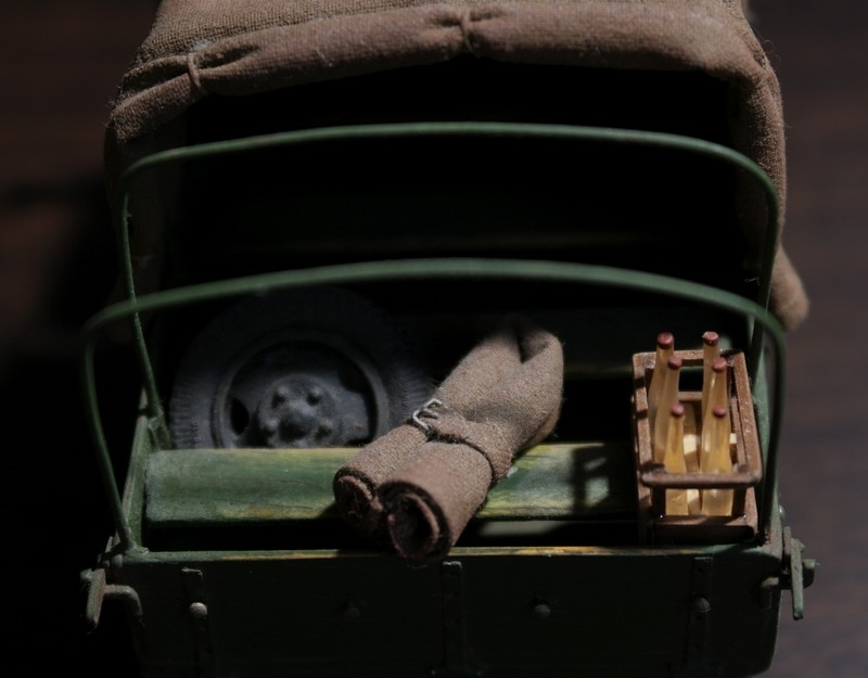 Camion Russe  GAZ-AAA 1934/1943 Zvezda 1/35 terminé!!! Sam_9522
