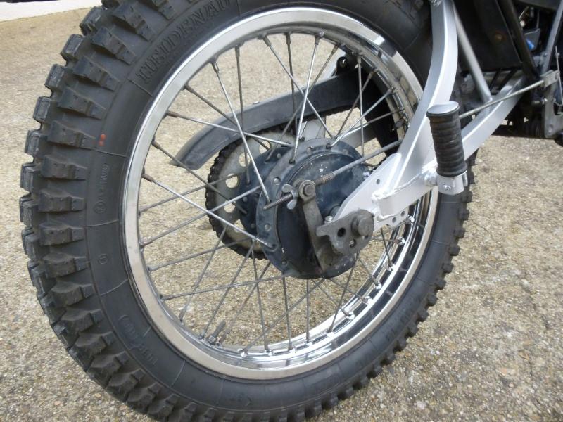remplacement pneus 125 dtmx P1000810