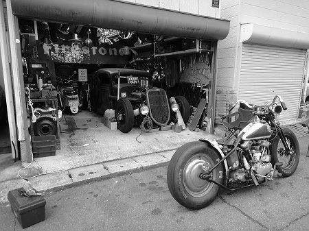 Vieilles photos (pour ceux qui aiment les anciennes photos de bikers ou autre......) - Page 8 Image64